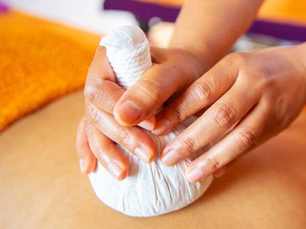 gute preise fuer hot stone massage in duesseldorf